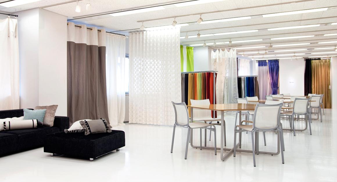 Showroom img01